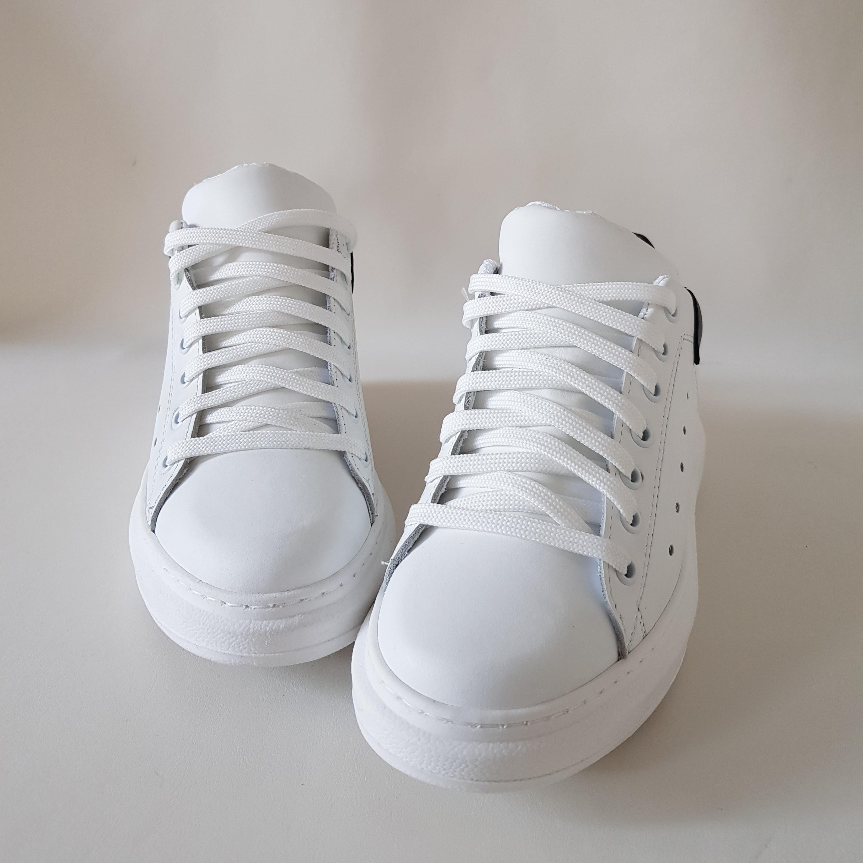 Sneakers pelle bianco e pelle nero lexa - Lia diva scarpe ...