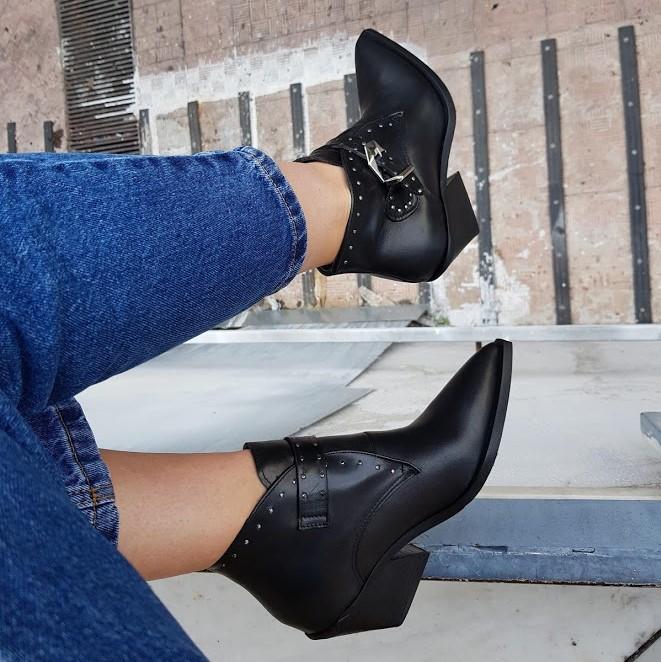 Stivaletti pelle nero con fibbia stephan 1 - Lia diva scarpe ...