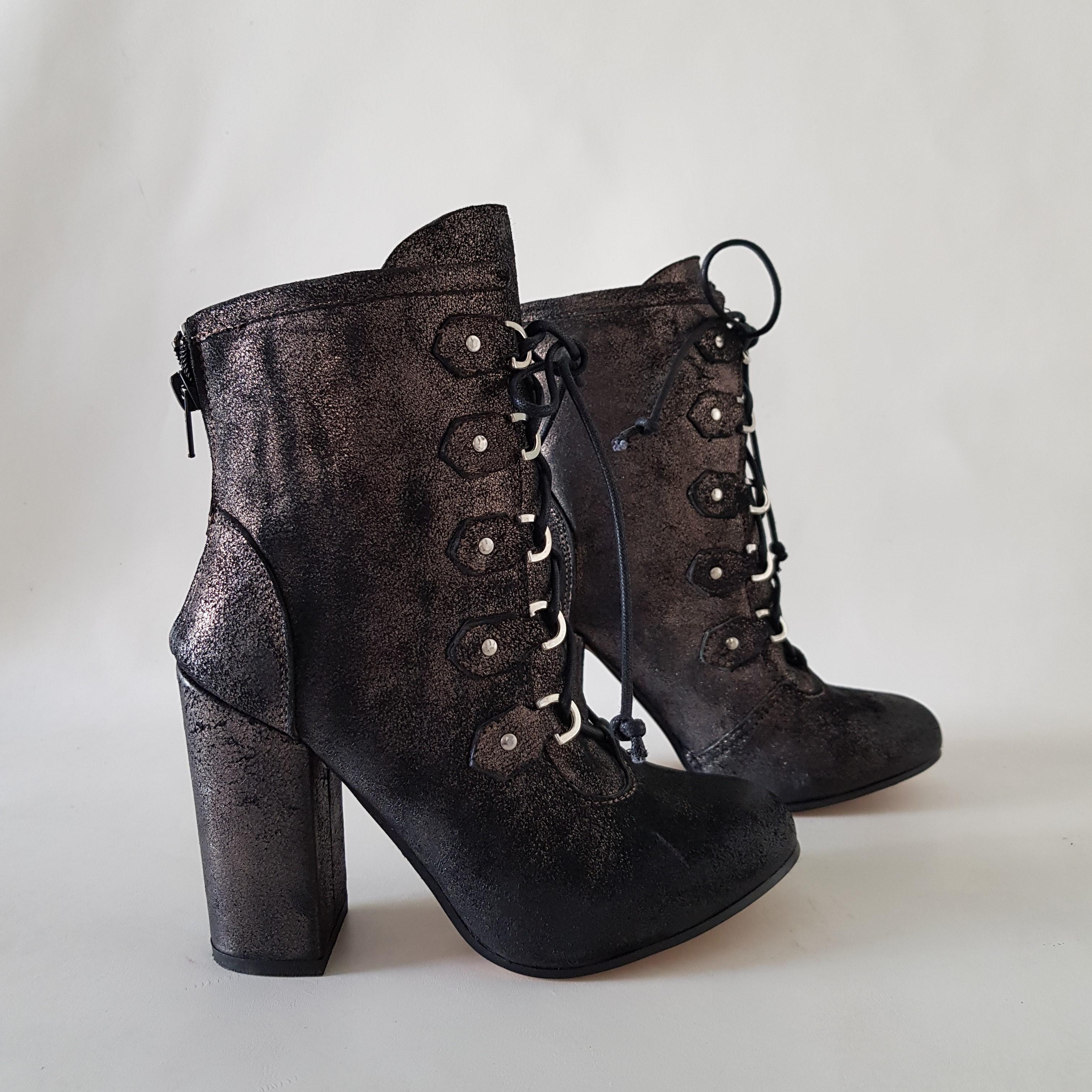 Stivaletti polvere antracite lacci marc90 - Lia diva calzature ...